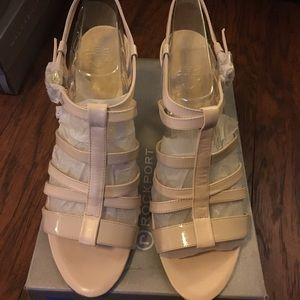Rockport Creme Strappy Sandals NEW!